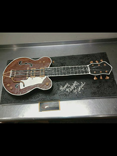 Electric Guitar Cake - Grooms & Sports - 13