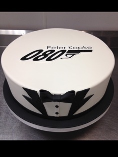 James Bond Personalized Cake - Grooms & Sports - 72