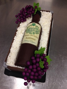 Wine Enthusiast Cake - Grooms & Sports - 80