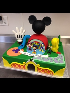 Mickey Mouse Clubhouse Cake - Shaped - 116
