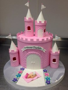 Castle Cake - Shaped - 124