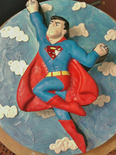 Superman Cake - Shaped Cakes - 14
